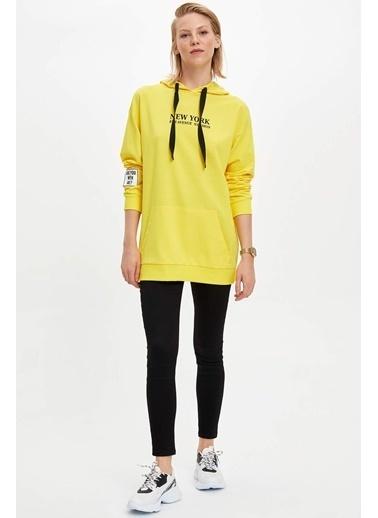 DeFacto Kapüşonlu Yazı Baskılı Sweatshirt Sarı
